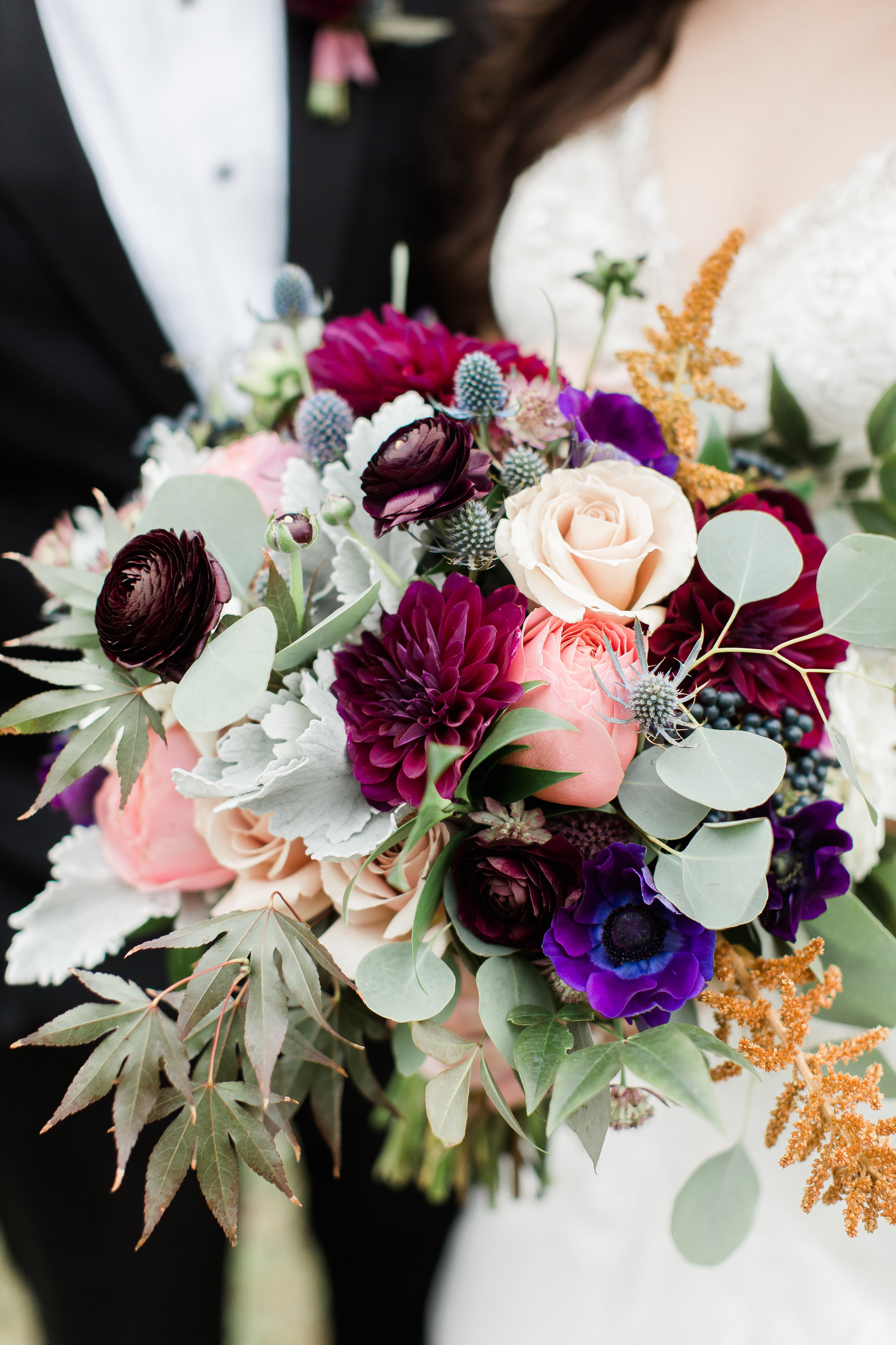 23 FALL WEDDING BOUQUET IDEAS TO INSPIRE YOUR BIG DAY - Photo By Candice Adelle Photography