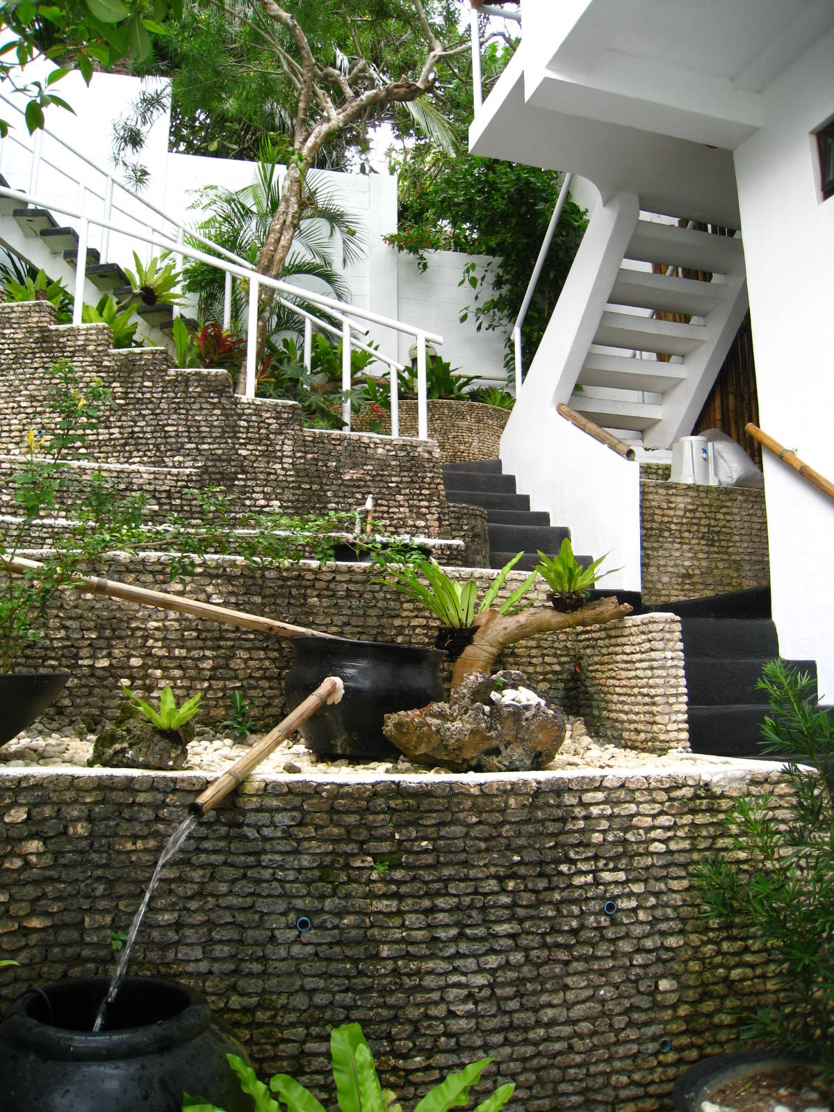 33 step cascade.jpg