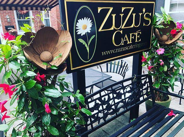 Even on a grey day our Patio is Bright! www.zuzuscatering.com #breakfastallday #mandevilla #wakefieldma #wakefieldmerchants #experiencewakefield