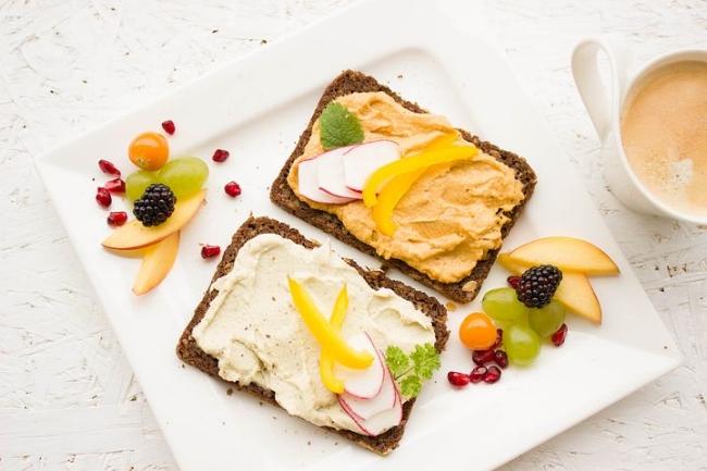 tahini spread toast.jpg