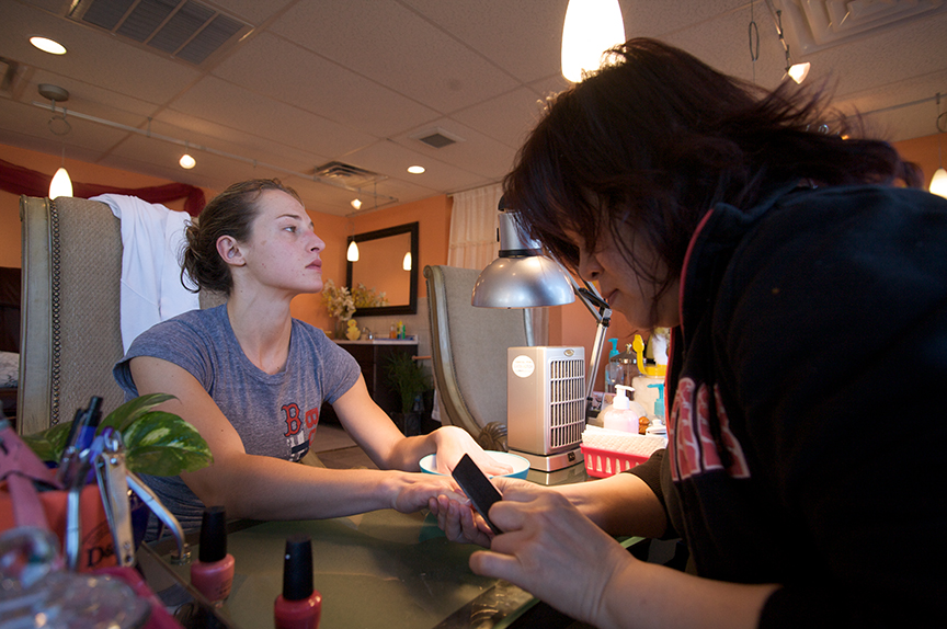 To look and feel her best for the judges, Lauren receives a manicure and pedicure before the competition.