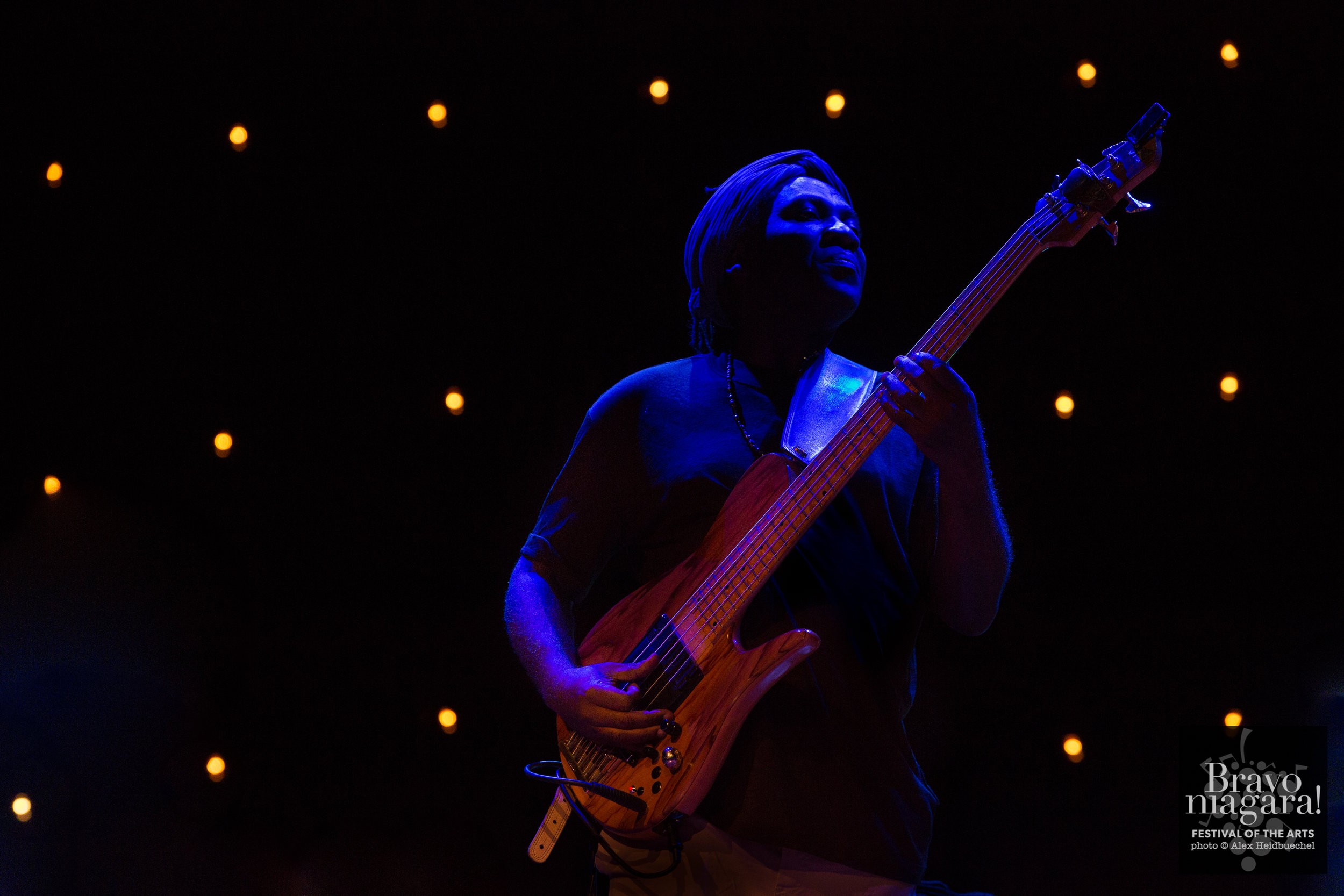 BRAVO! - Richard Bona - 2017 © Alex Heidbuechel - Flashbox Photography-21.jpg