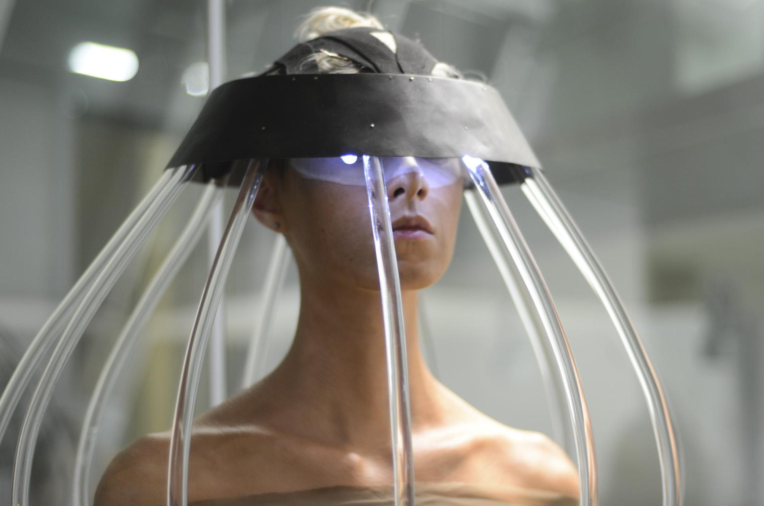 headdetail.JPG