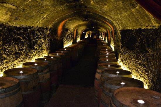 del-dotto-vineyards-winery.jpg