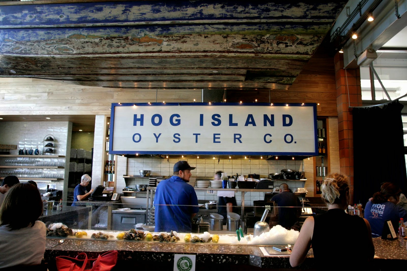 Hog_Island_Oyster_Napa_Valley_2.jpg