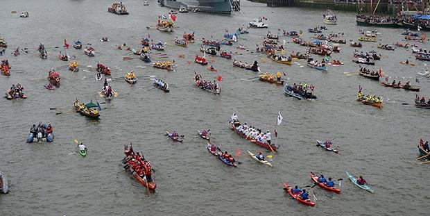 Flotilla--z.jpg