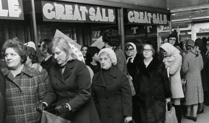 Shoppers line up for a sale at C&A's department store in London,  1972, Getty Images