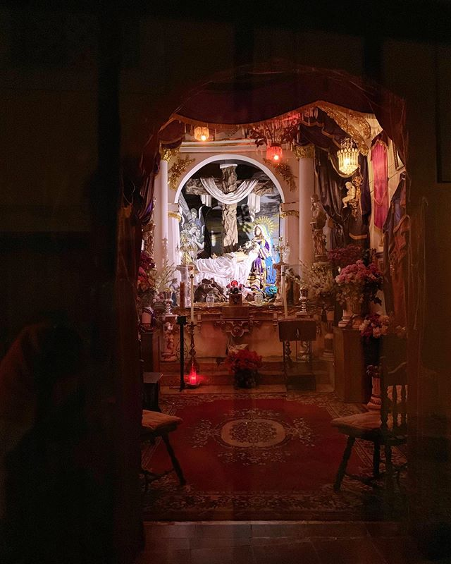 ...Some Jesús in your living room. #mexico #sanmigueldeallende