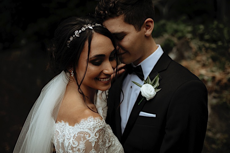 01_Brad&Sarah-75_hair_makeup_Bride_hairstyle_Groom_updo.jpg