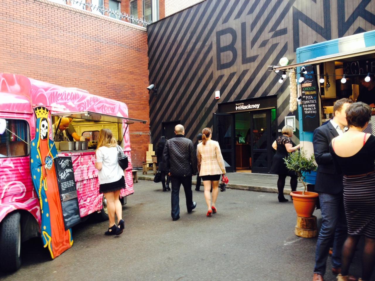 BL-NK Street food.JPG
