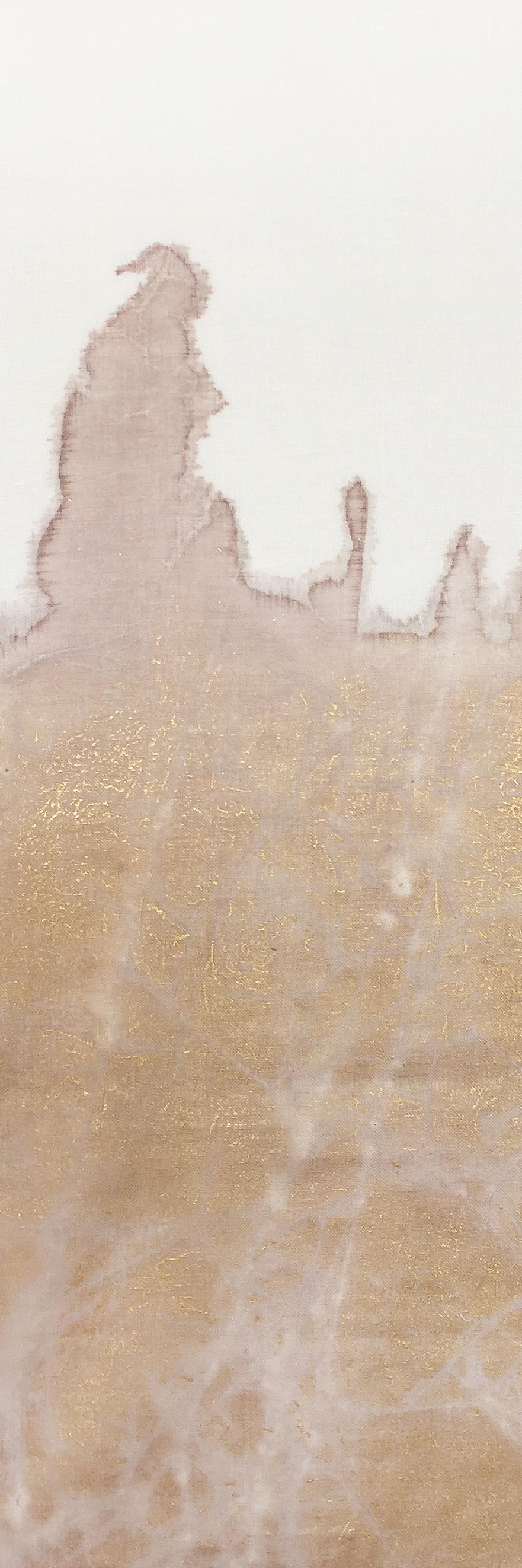 Y112-01 Gold Leaf