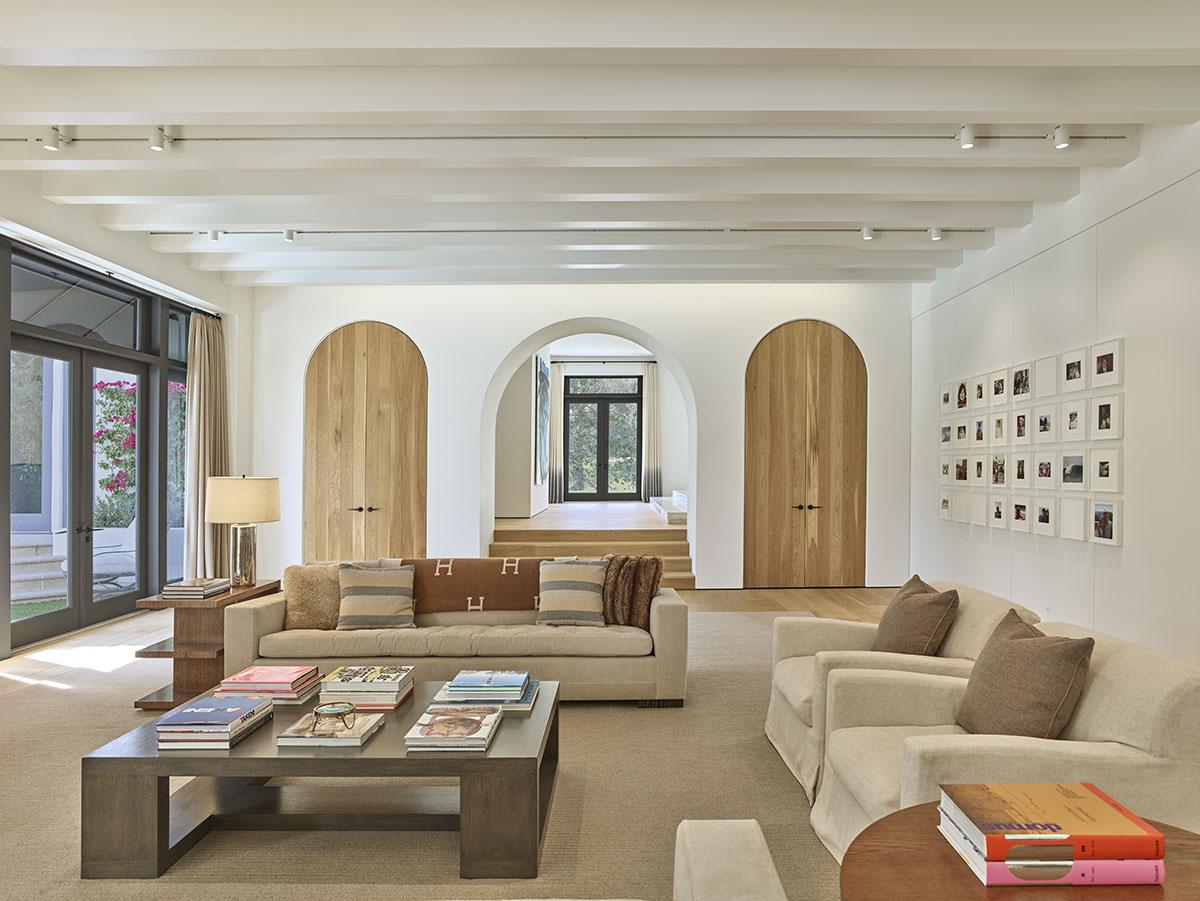 Modern Spanish Interior Design.Standard