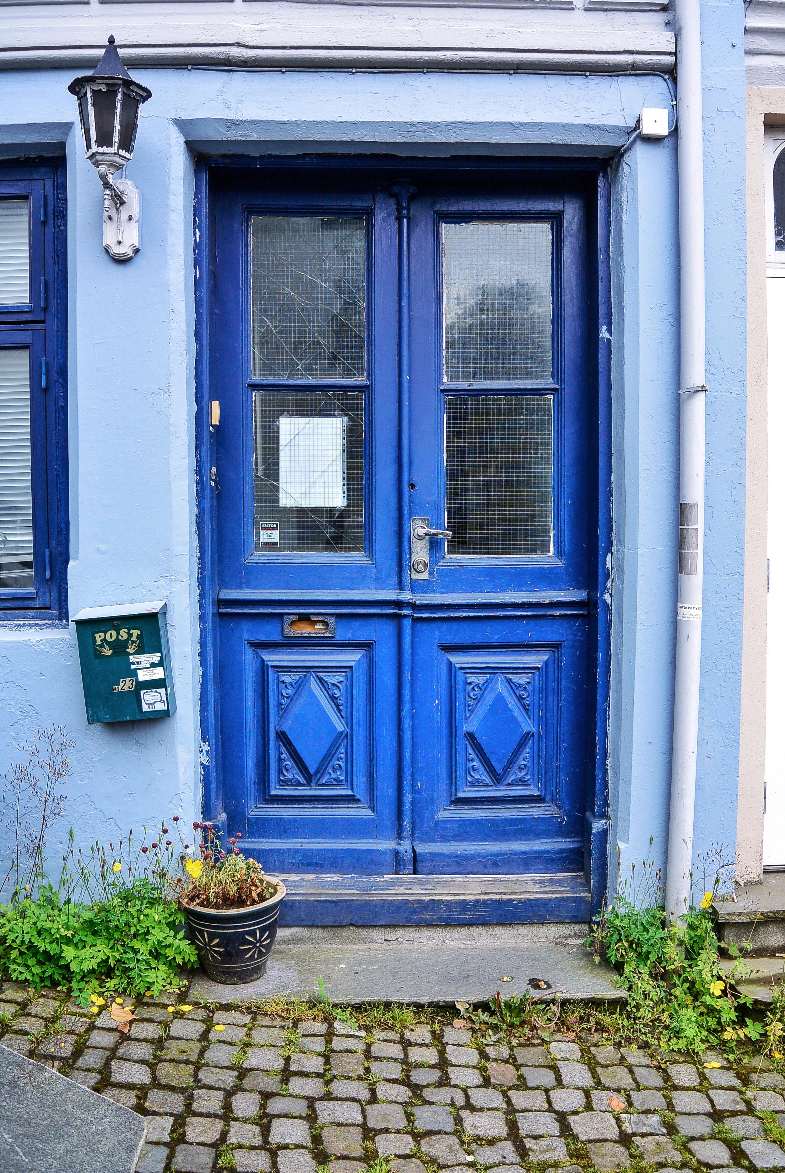 Blue Door Bergen
