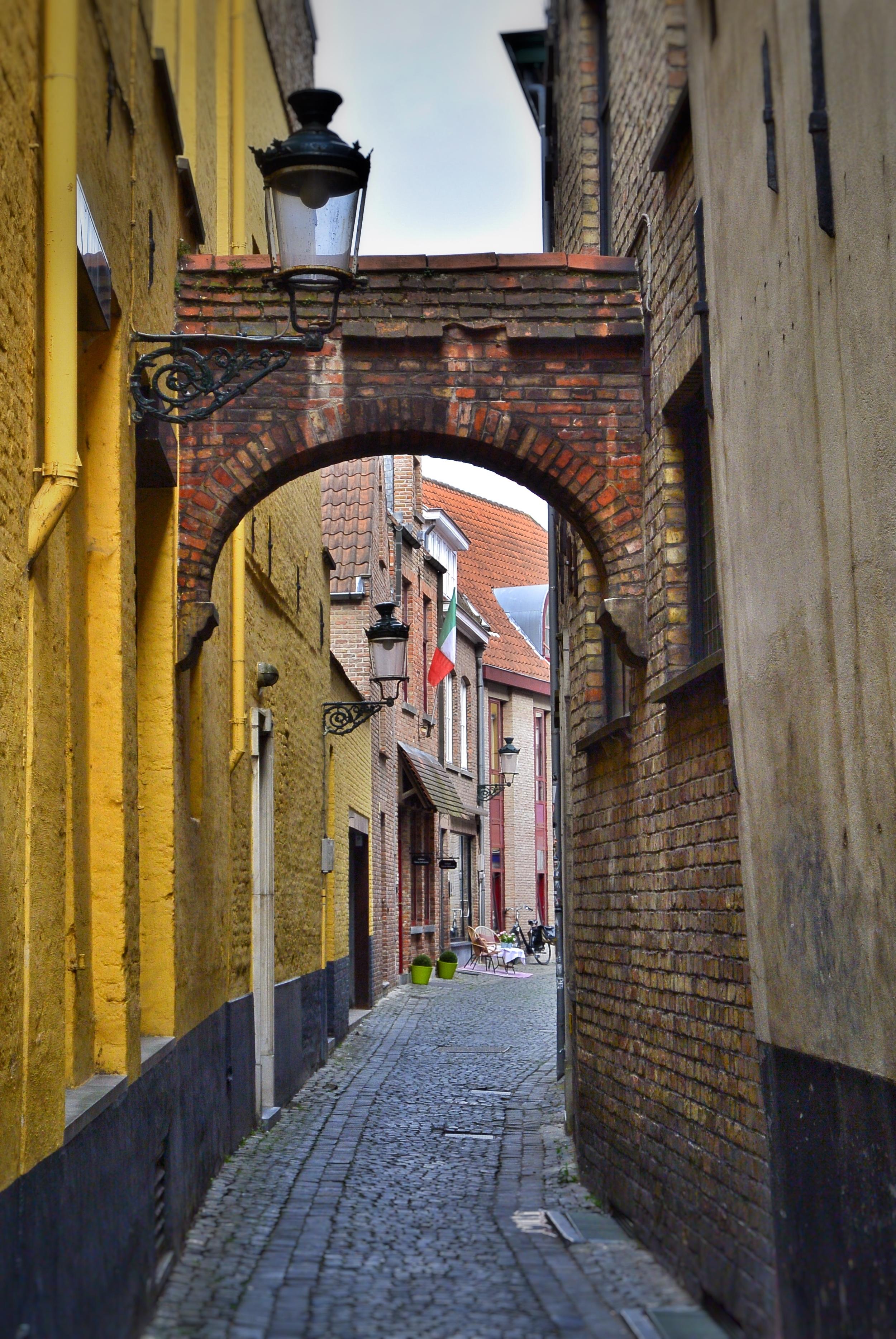 Old Alleyway in Bruges