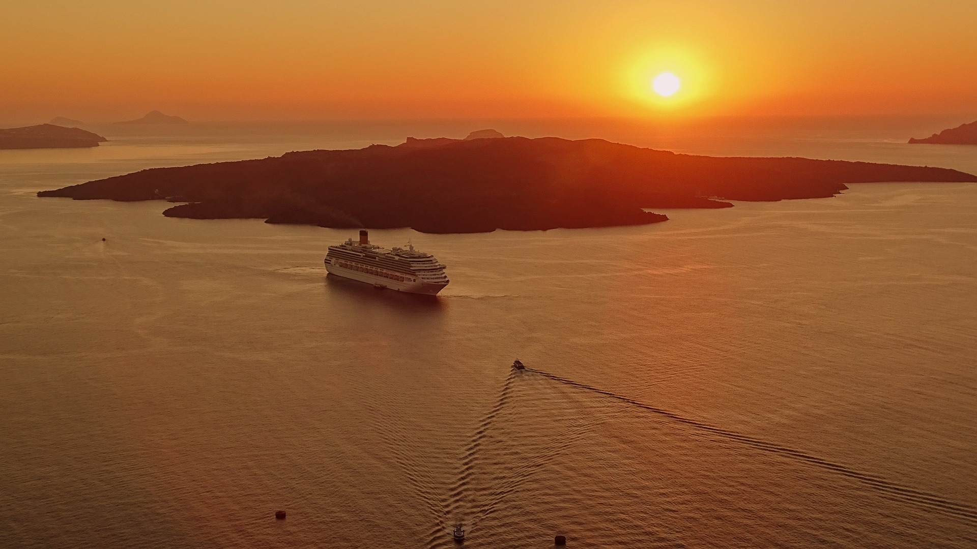 The Ultimate Guide to Planning a Cruise