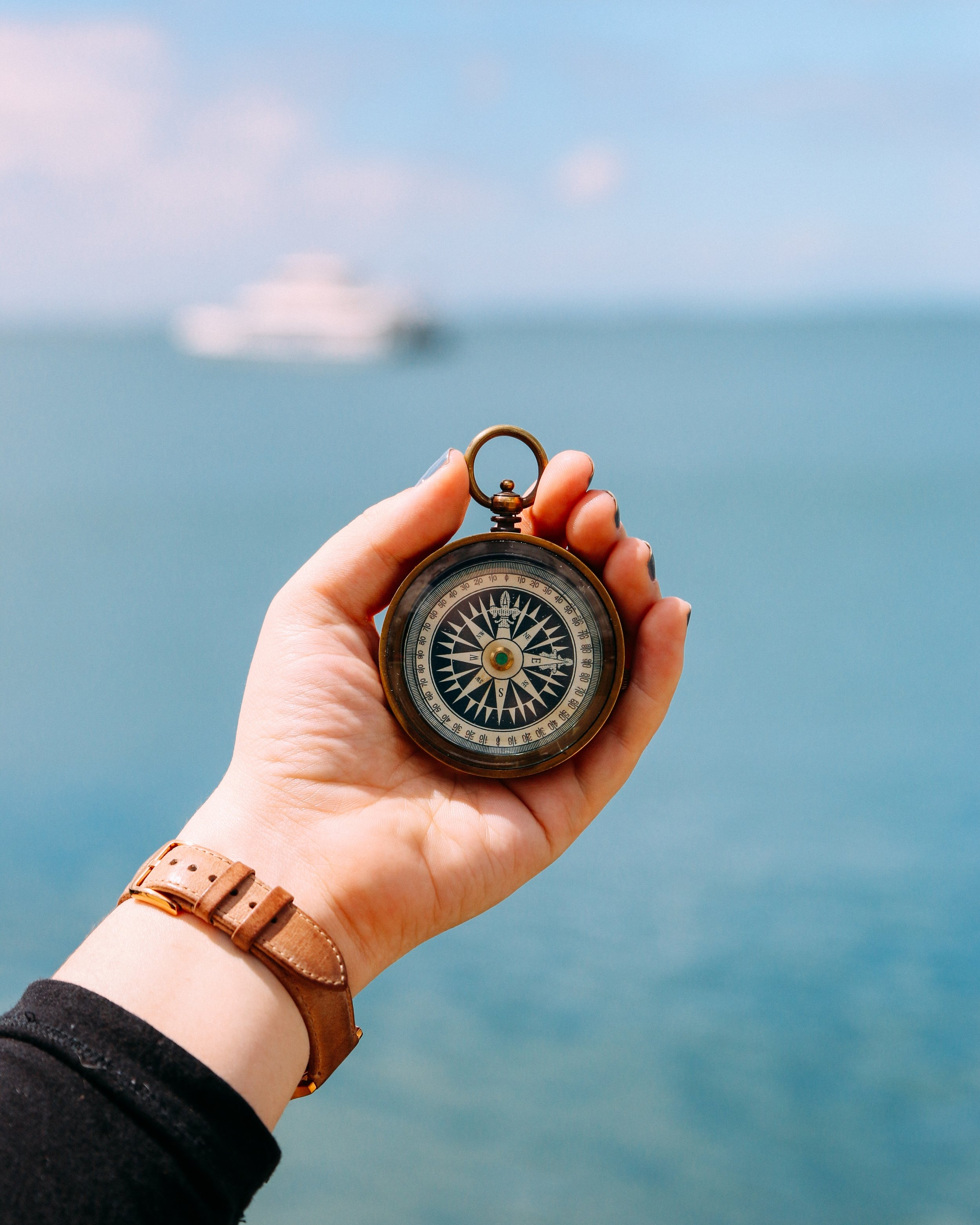 16 Unique Nautical Themed Gifts For Travelers