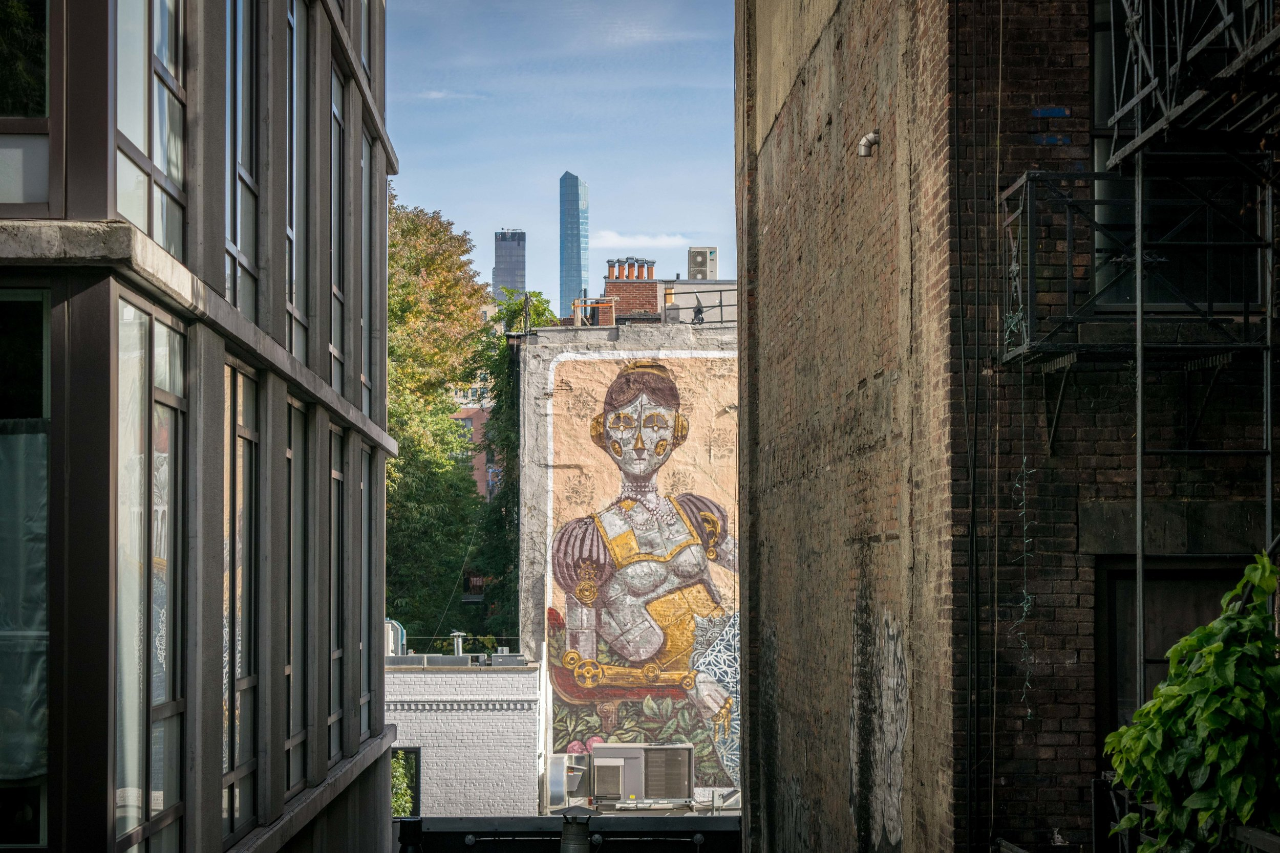Large mural on a building near the High Line