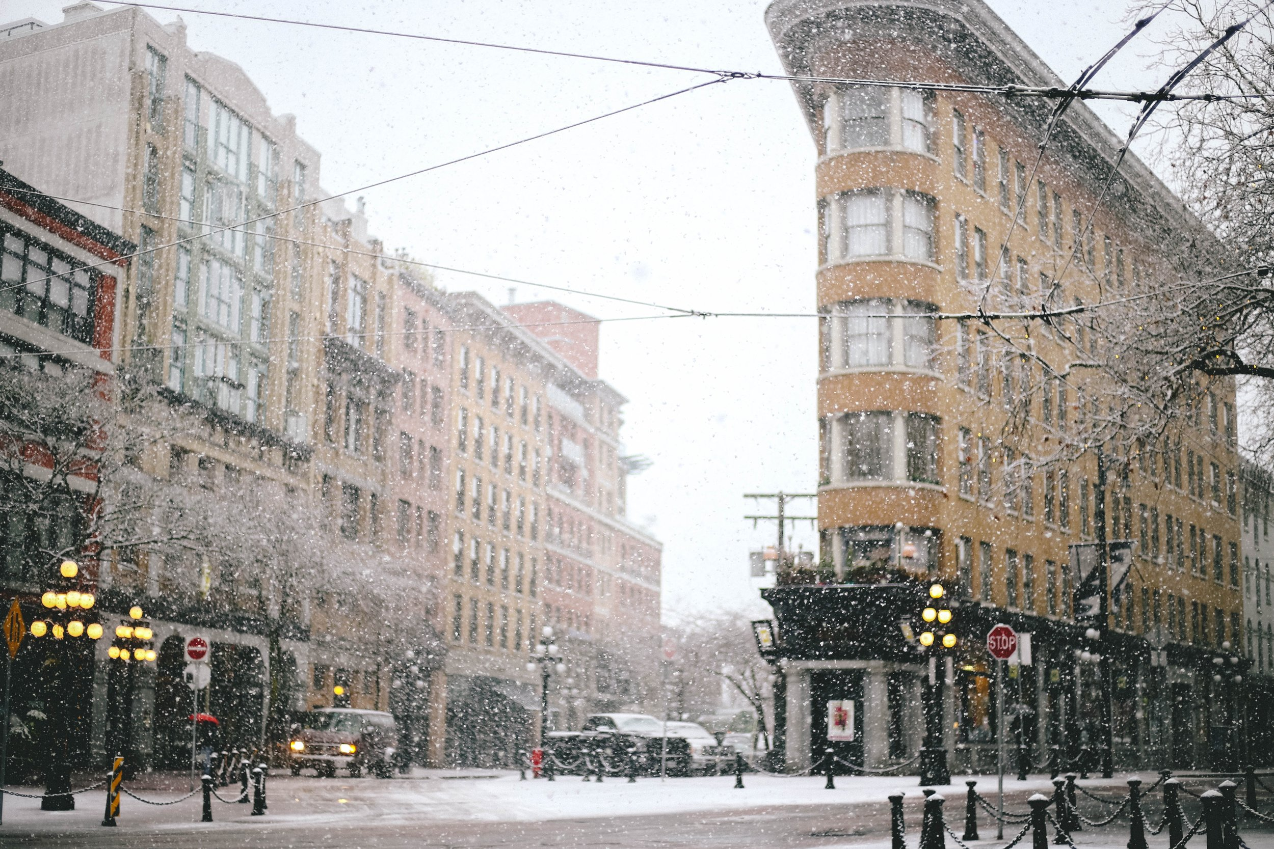 Snowing in Gastown