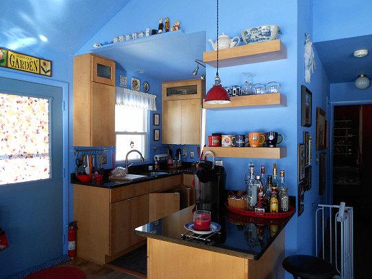 Red enam blue kitchen.jpg