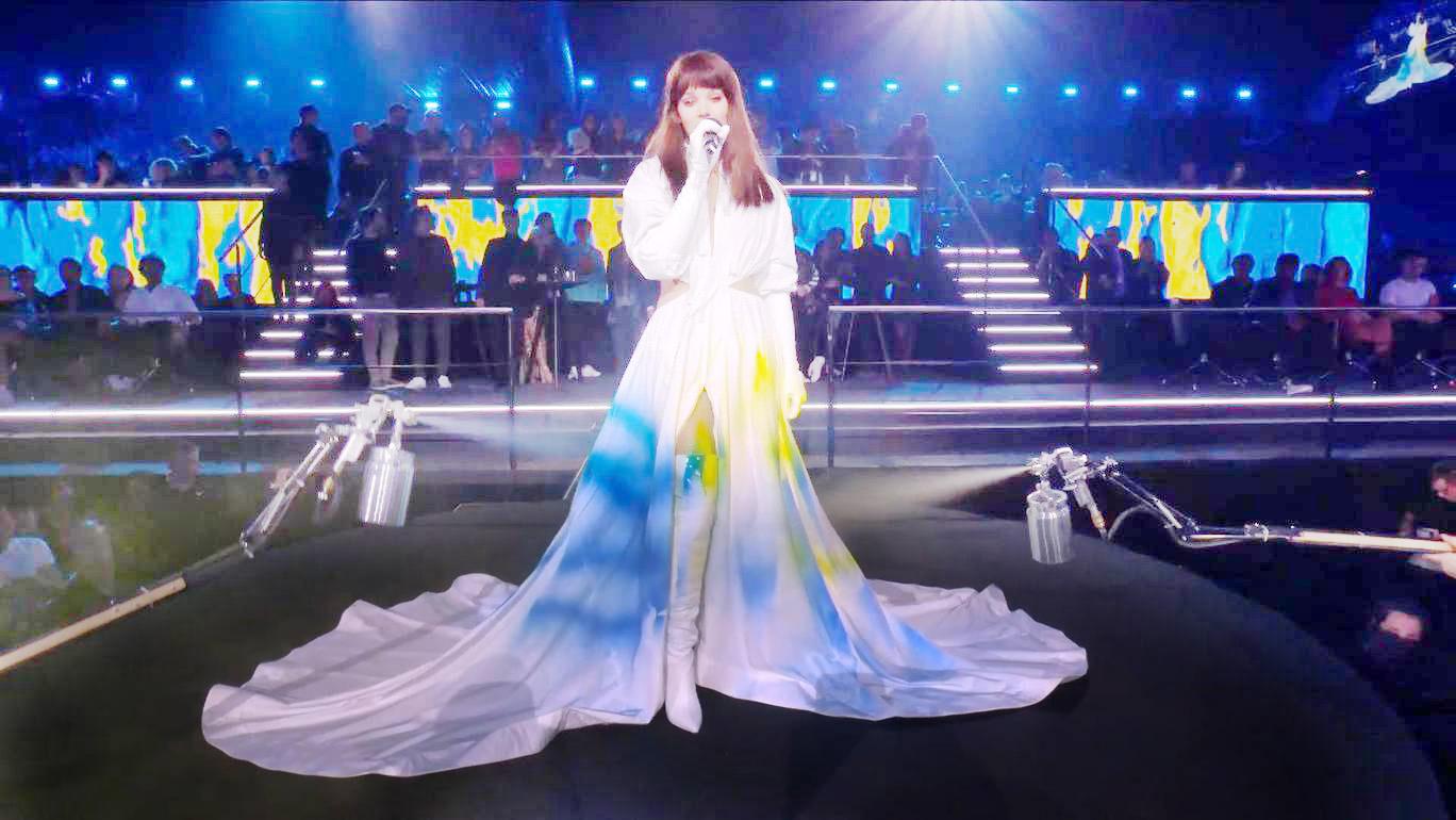 La chanteuse Hailee Steinfeld, lors de la cérémonie des MTV Europe Music Awards, le 4 novembre 2018, à Bilbao.