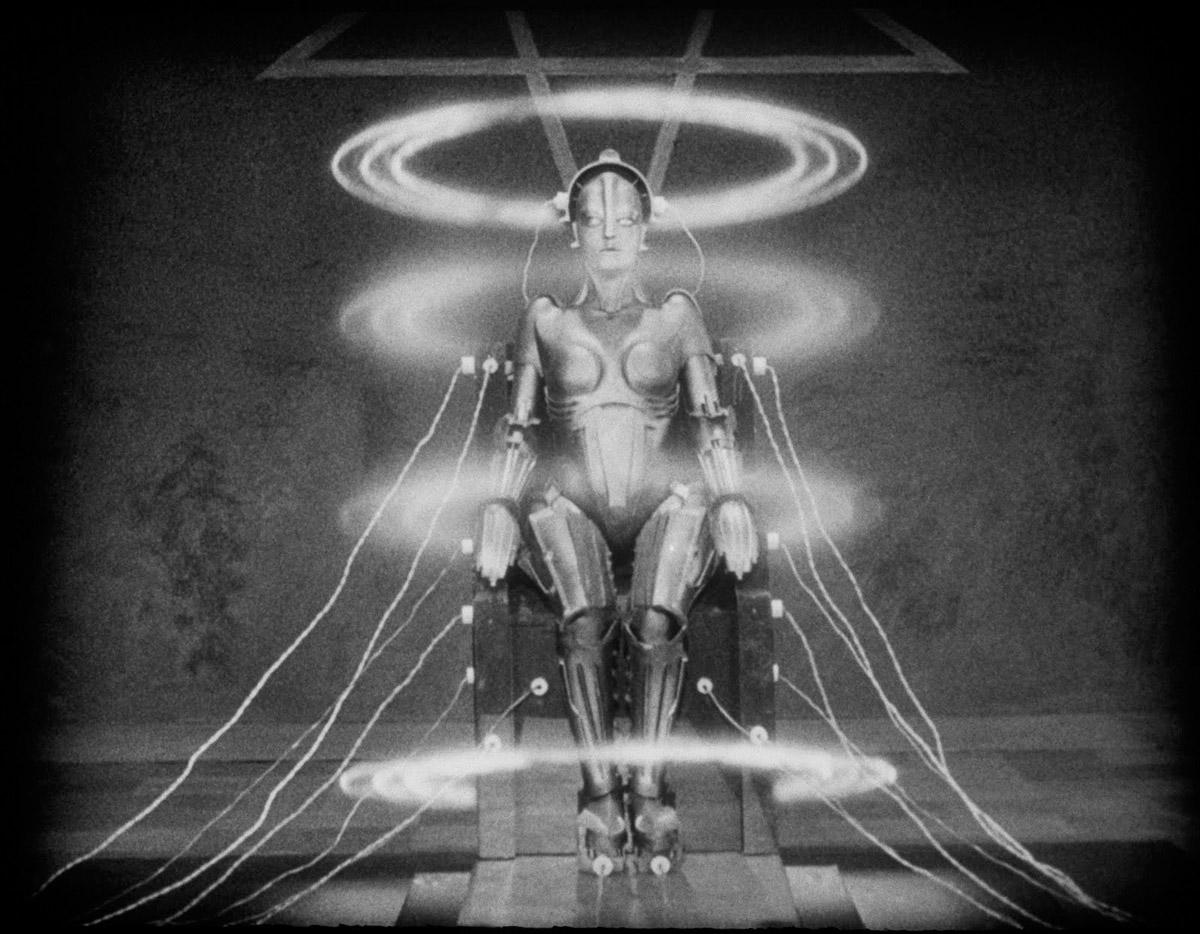 La maman de toutes les gynoïdes, le robot à l'image de Maria, dans le film Metropolis de Fritz Lang (1927)