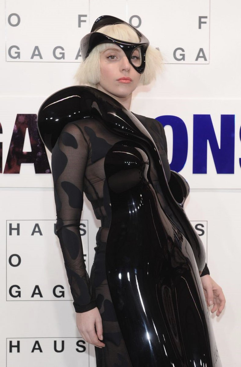 Singer Lady Gaga, wearing 3D printing Parametric Sculpture dress, 10th November, 2013, in New York