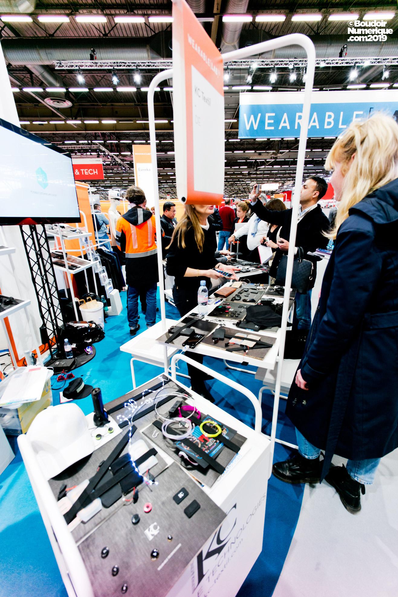 La société allemande KC Textil intègre, entre autres, aux poches des vêtements des capacités de chargement, de chauffage et de communication.