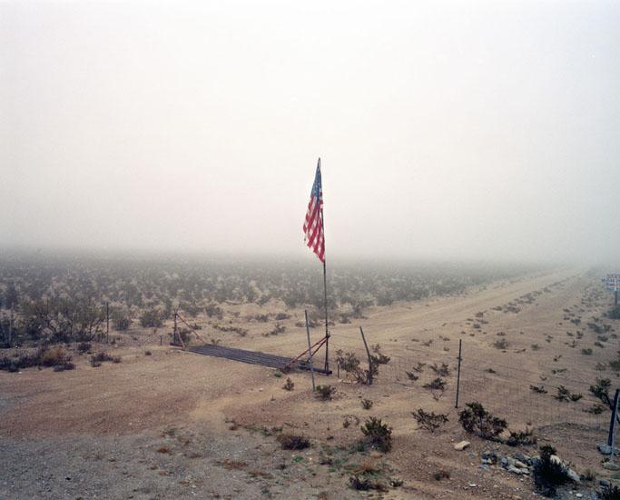 182-10-lone flag.jpg