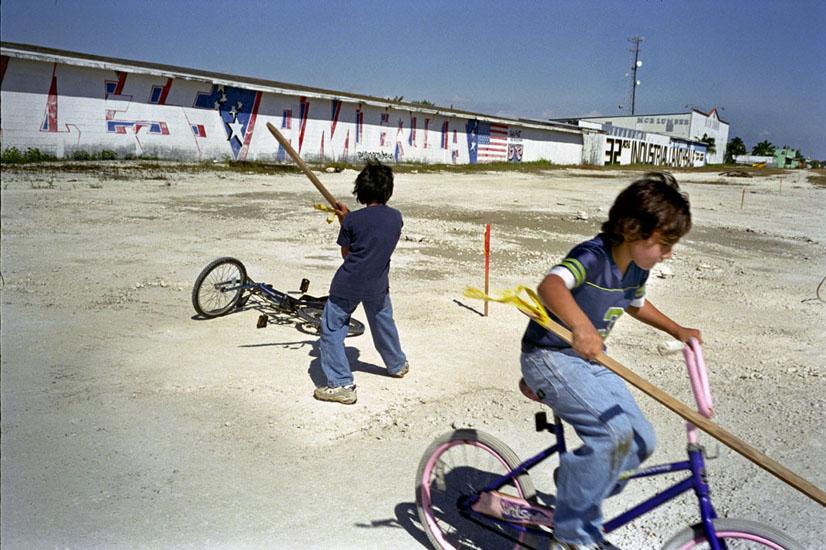 i.s_012_14_gypsie_kids.jpg