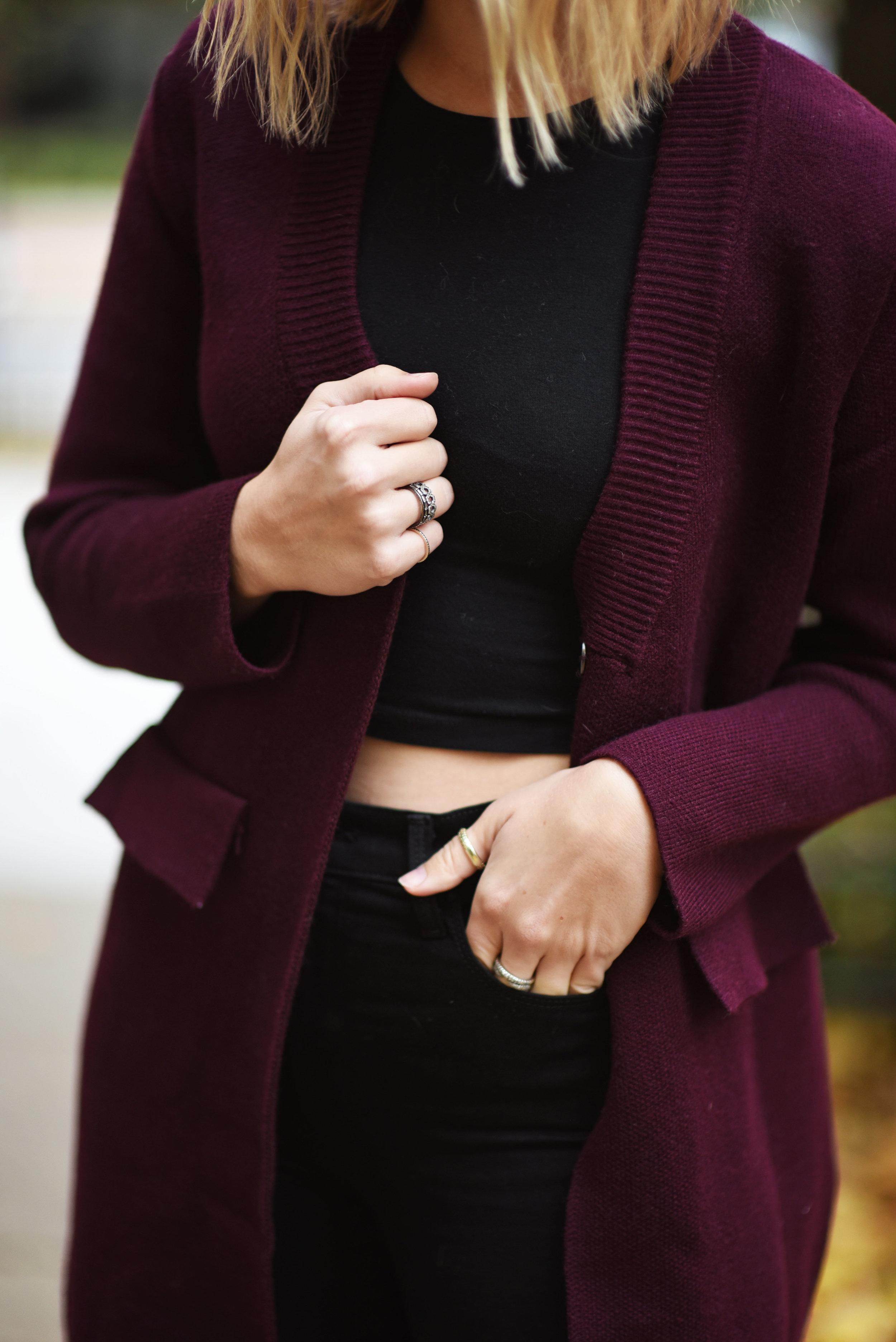detail-burgundy-sweater-coat