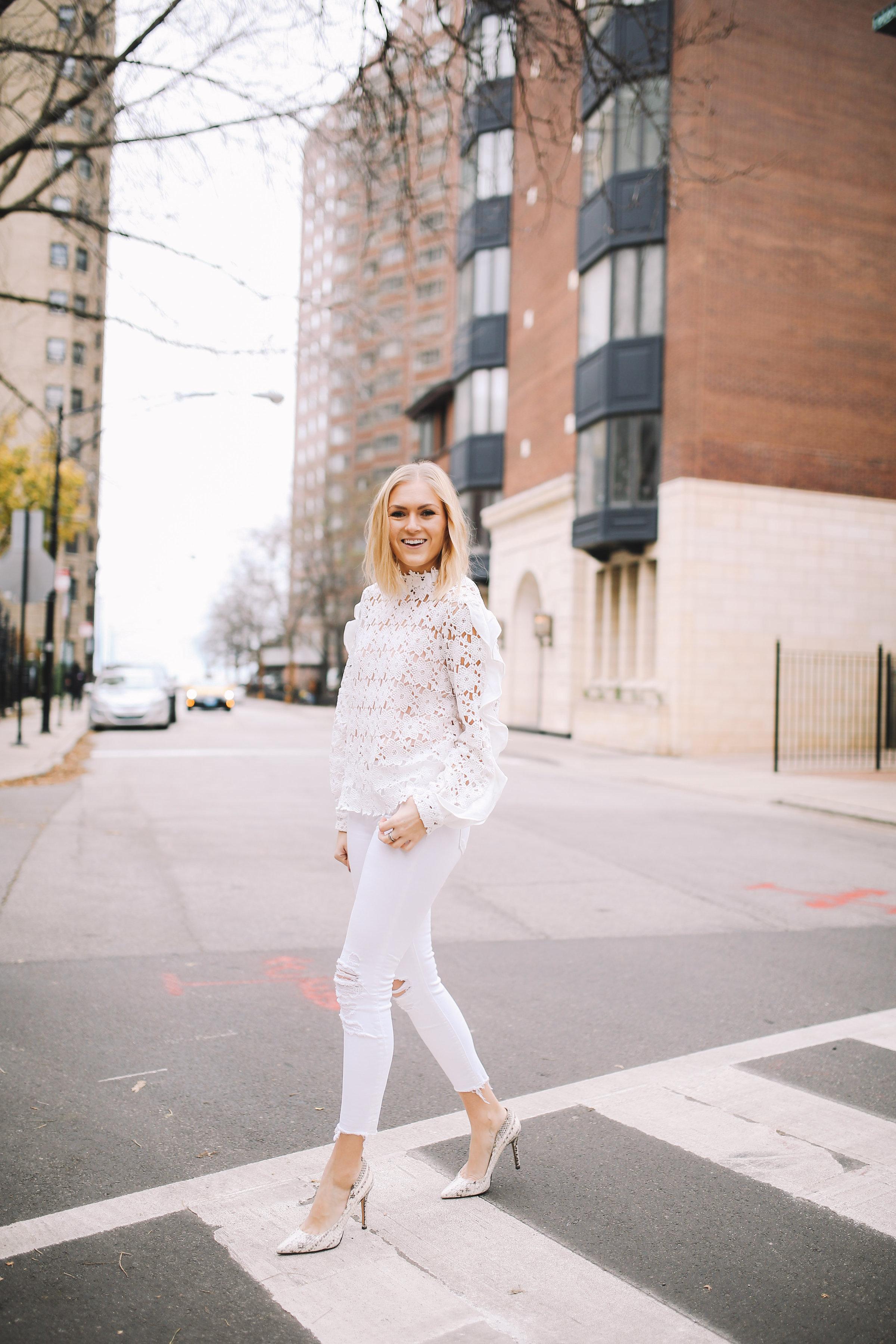 walking-in-winter-white