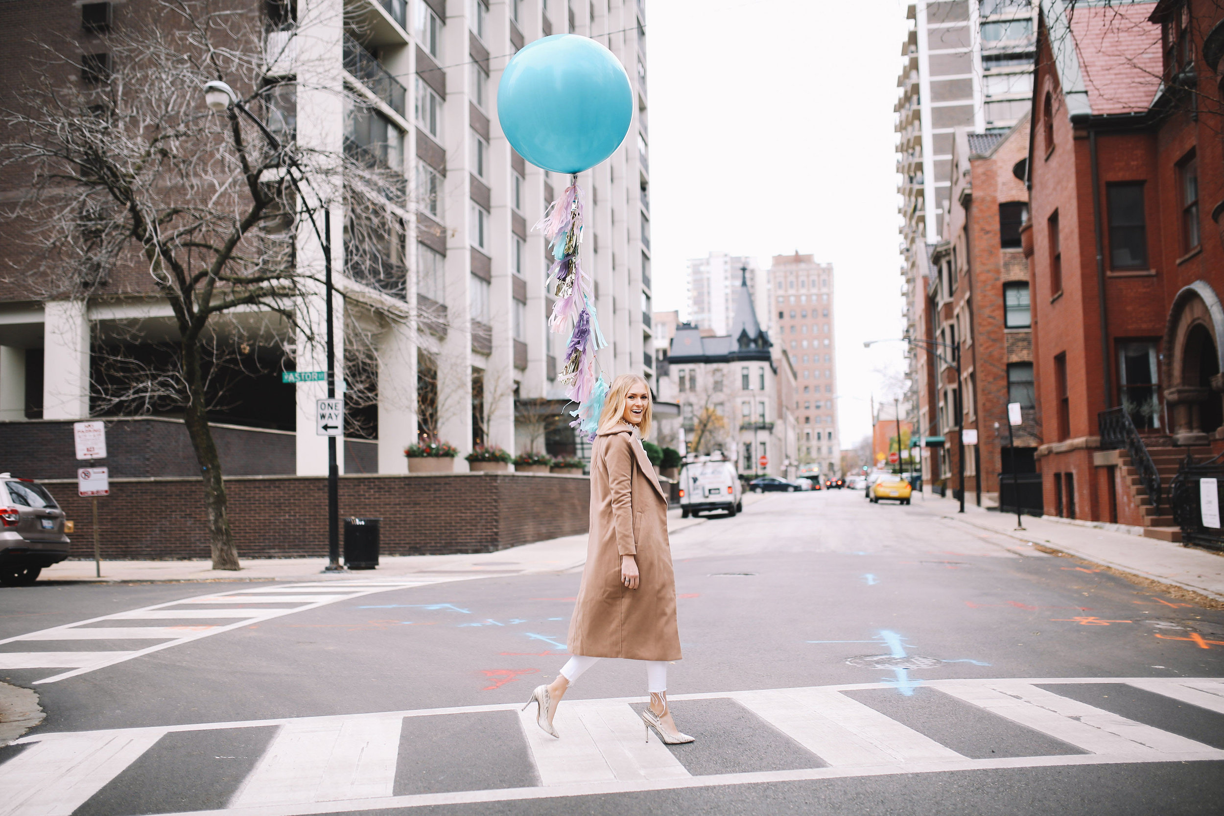 camel-coat-fun-balloon