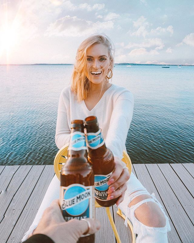 Cheers to Spring and the Lunar Blue Moon!!! 🍻🌙 Changing things up this weekend with @BlueMoonBrewco with a viewing of the lunar blue moon this Saturday on the rooftop of The Godfrey! We're talking blue moon cocktails, blue moon (duh!) and bites! 5/18 from 7pm-midnight! The event is FREE but you do have to RSVP (link in bio)! It's going to be a lunar good time 😉 ! See you Saturday!!! (must be 21+) #thosewhitewalls #ad