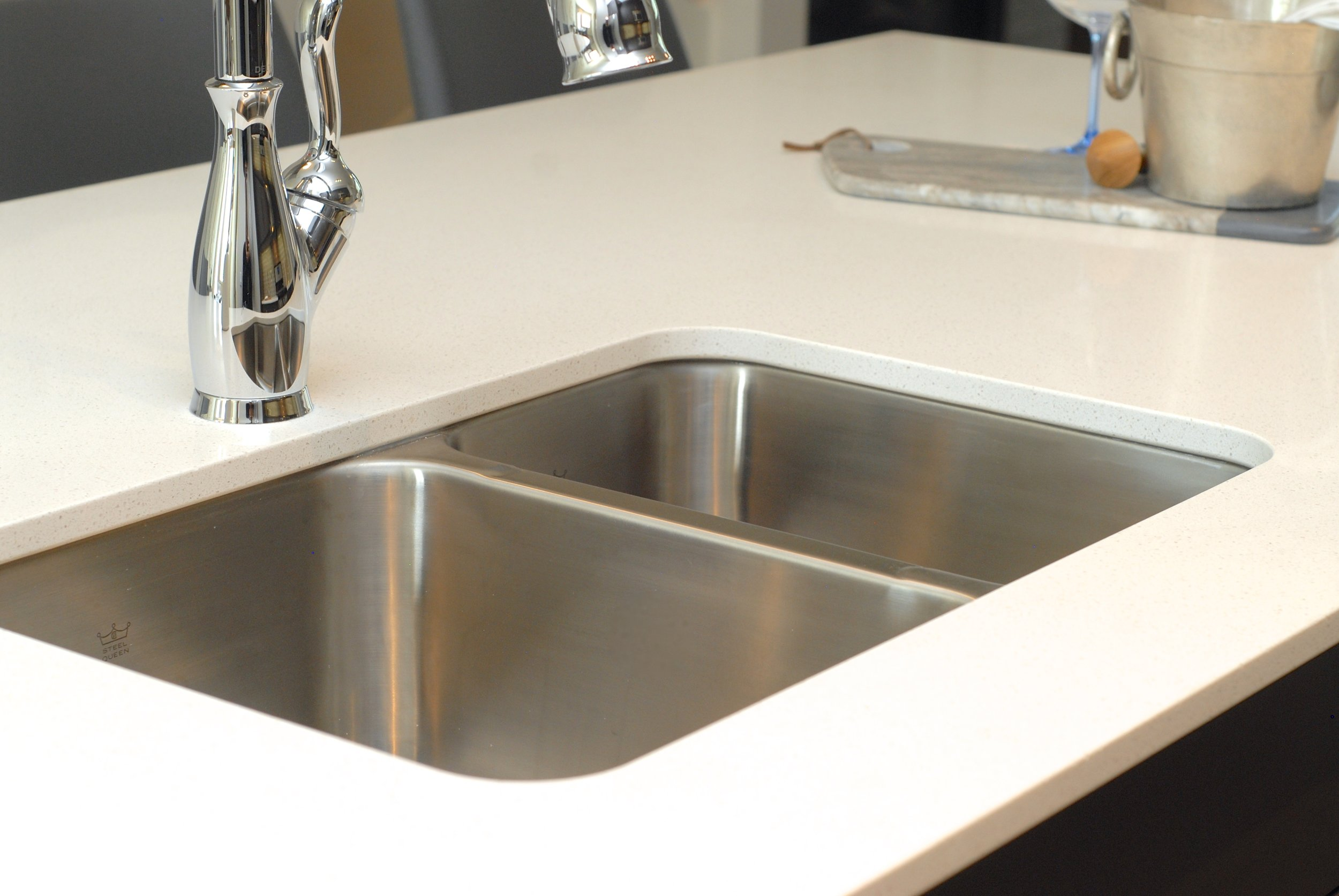 Undermount stainless steel satin finish sink