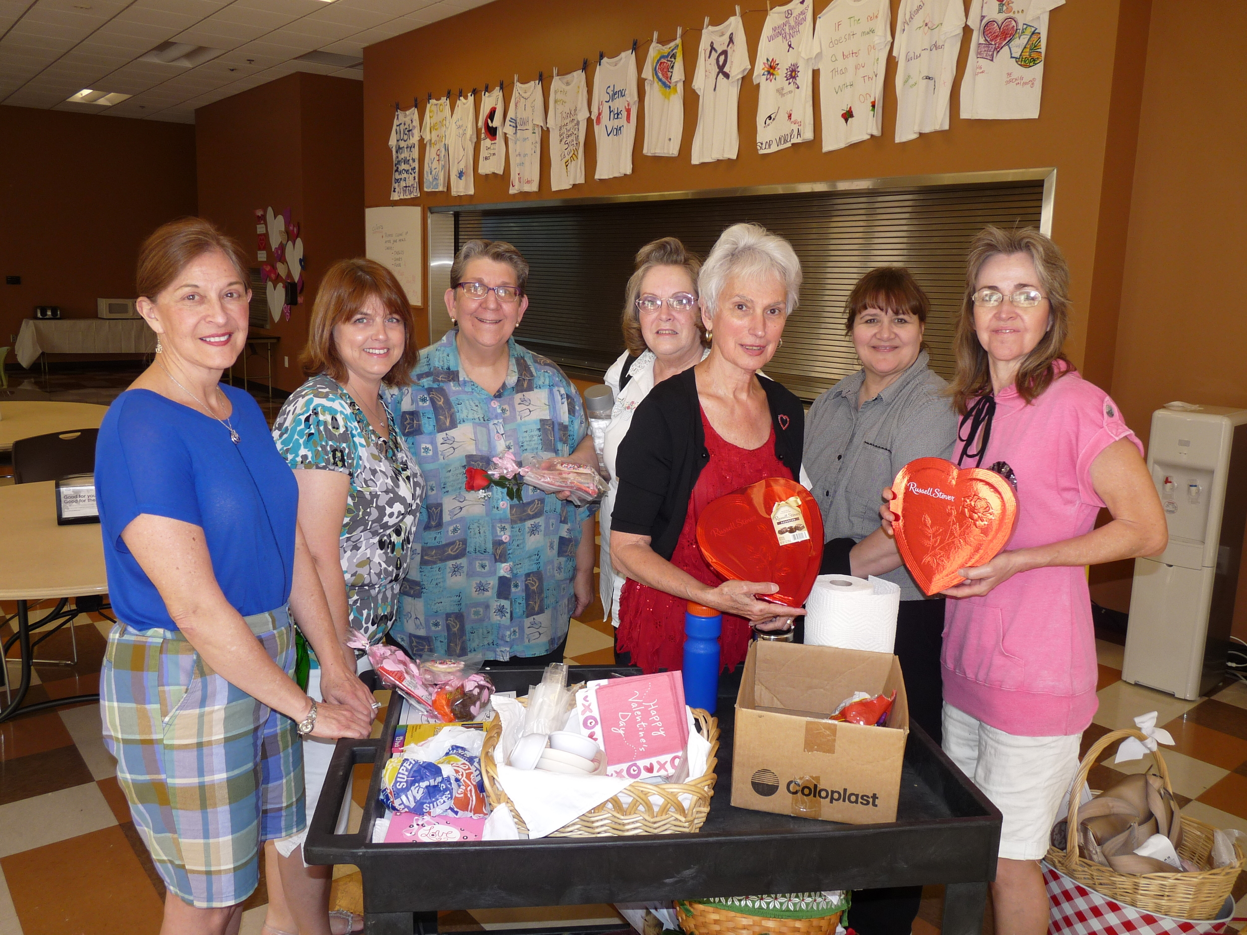 Kudos to the ladies- Peg Boyle, Michele Chester, Joanne Griffis,Maria Hueblin, Emily Hoggatt, Margaret Warden and Lori Wiggert, who showed the 'greater love' by taking time from their hectic Valentine's schedule for the afternoon of caring for 'the least of these by brethren'---- their love has caught fire as they are returning in May for another event at the Salvation Army shelter.