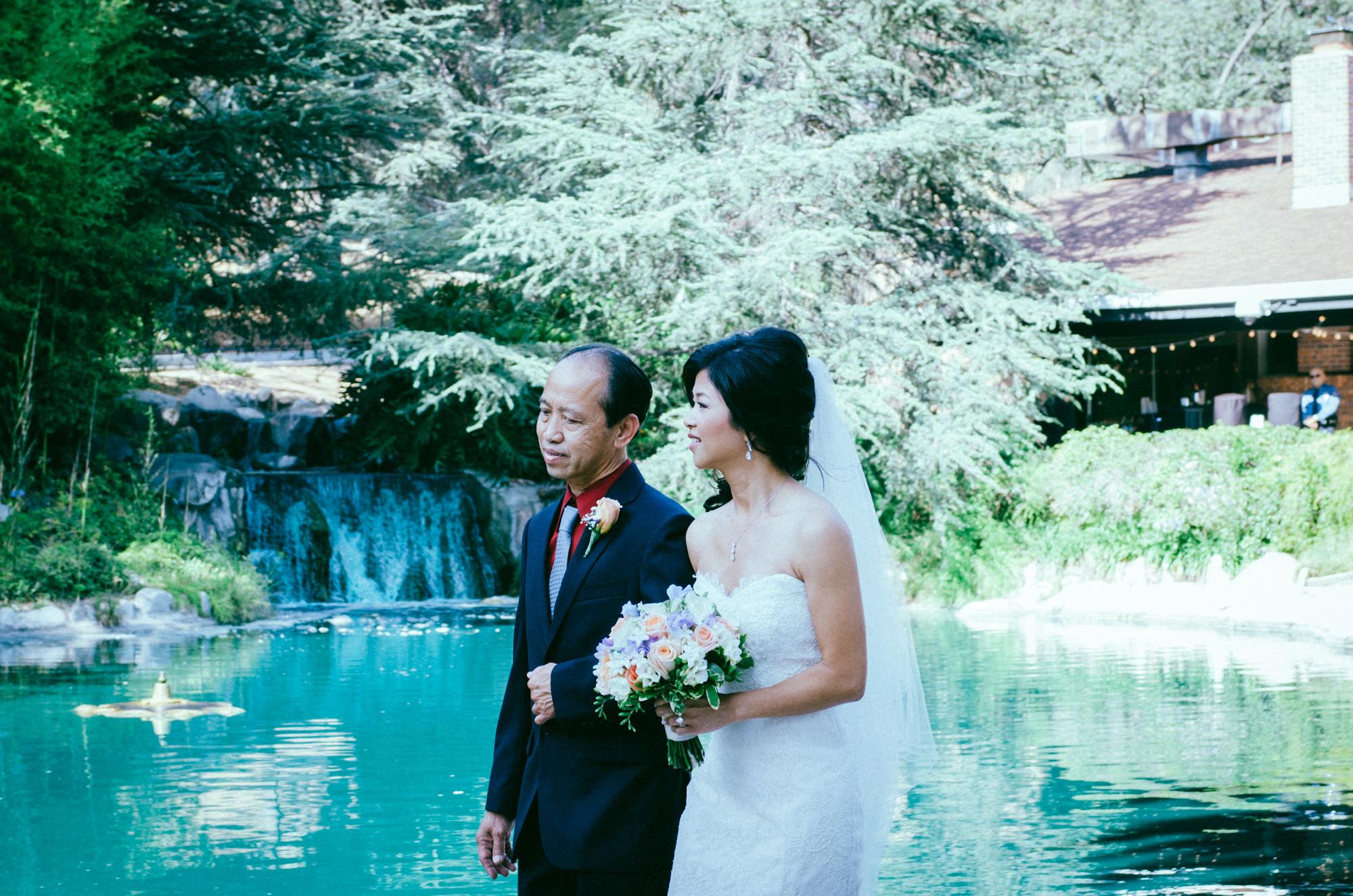 Alice_&_Aaron_Wedding_by_The_Light_&_Glass_Photography-059.jpg