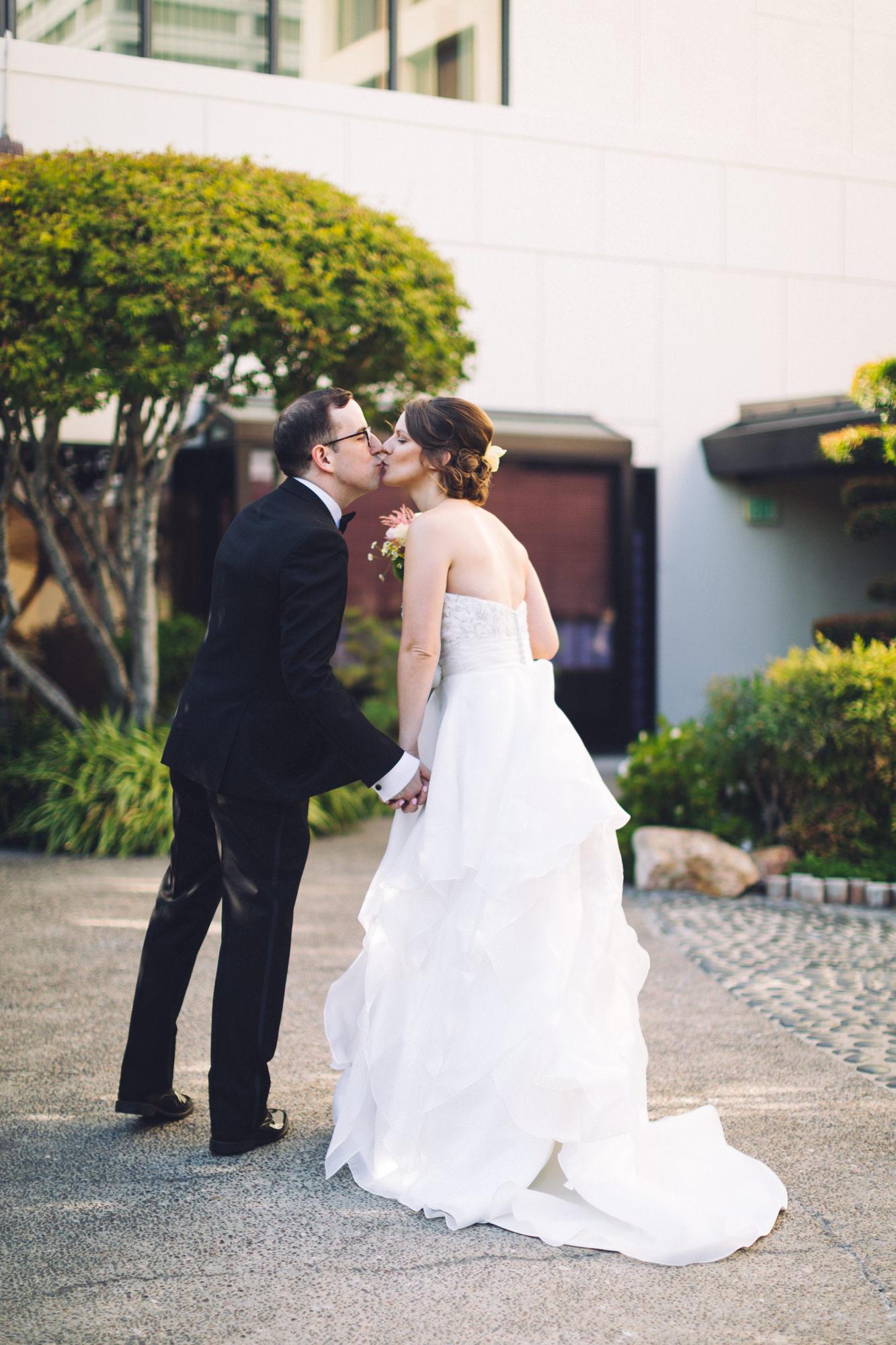 thelightandglass-wedding-engagement-photography-068.jpg