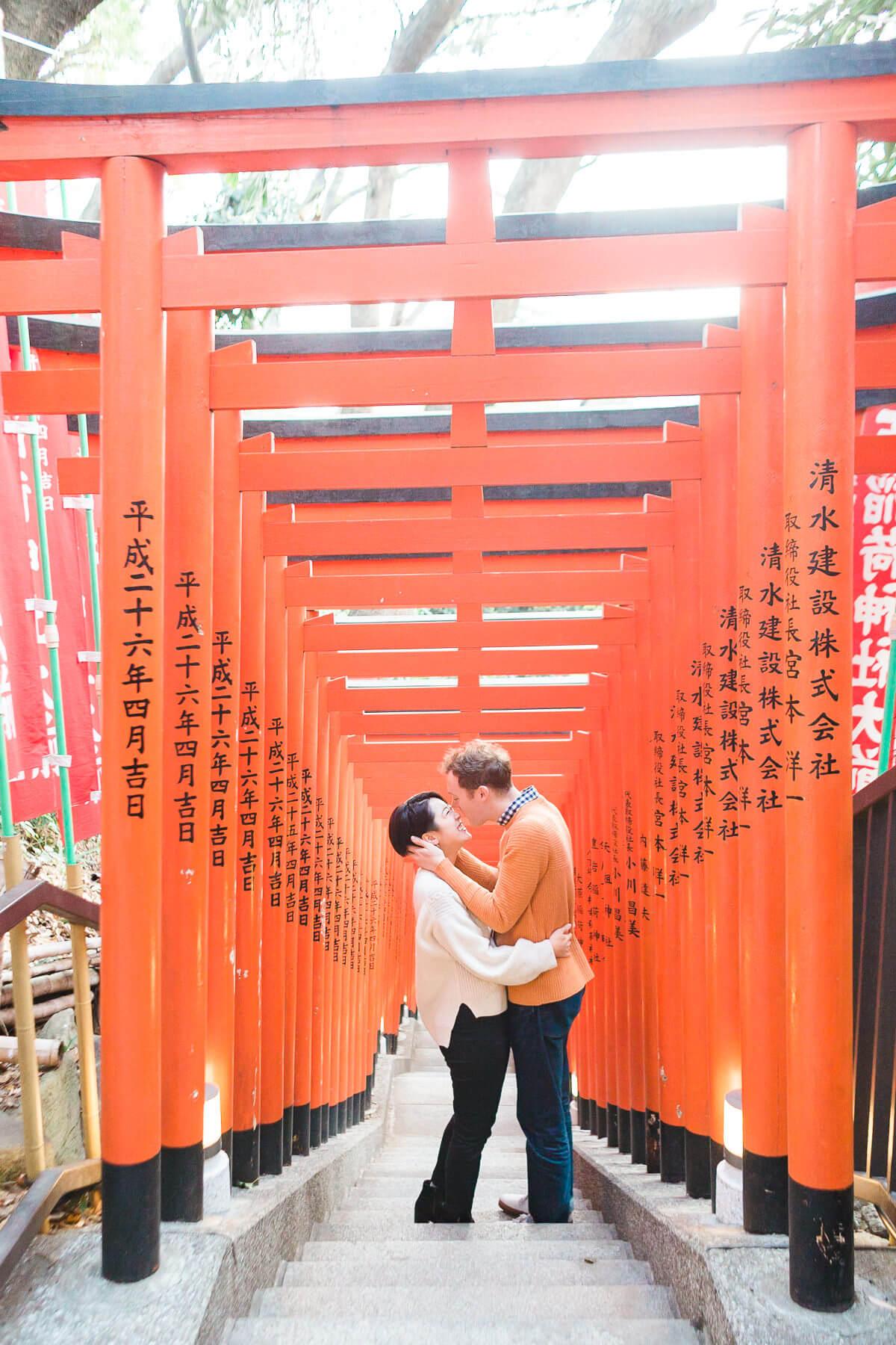 marika-adrian-the-light-and-glass-wedding-photography-02.jpg