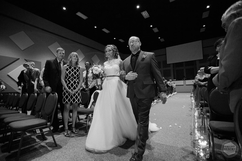 Grant Beachy-weddings-40.jpg