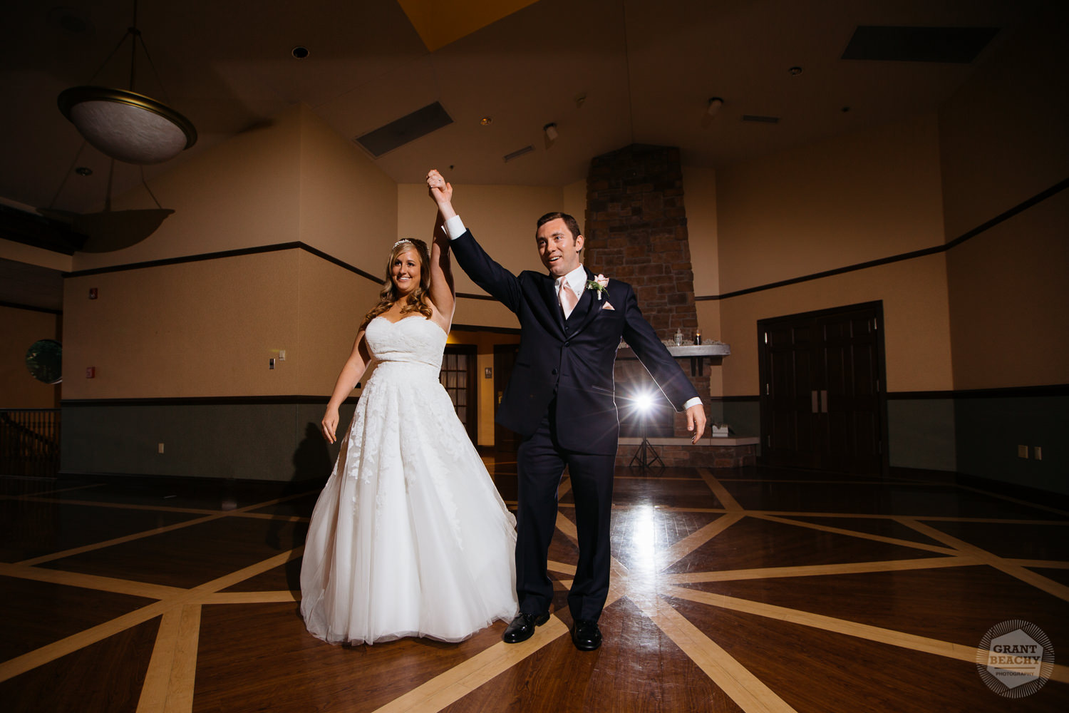 Grant Beachy wedding photography southbend goshen chicago-43.jpg