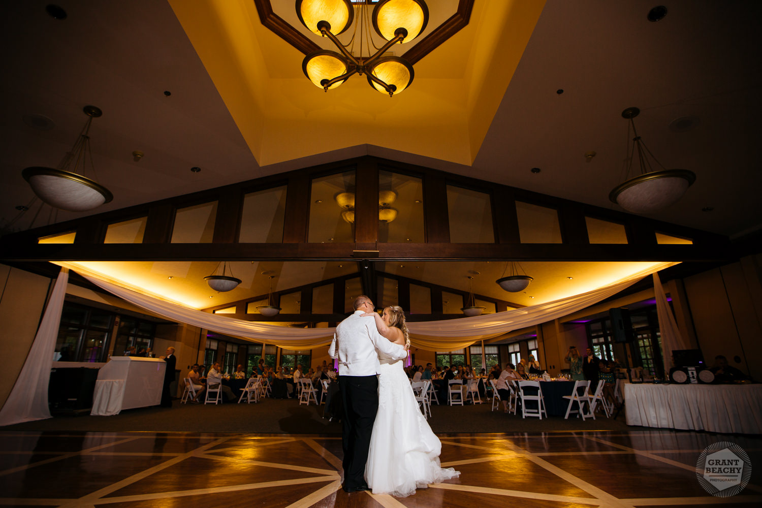 Grant Beachy wedding photography southbend goshen chicago-45.jpg