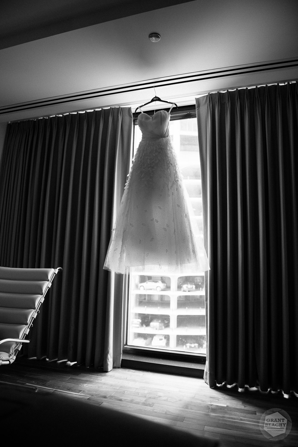Chicago wedding photographer Grant Beachy-7.jpg