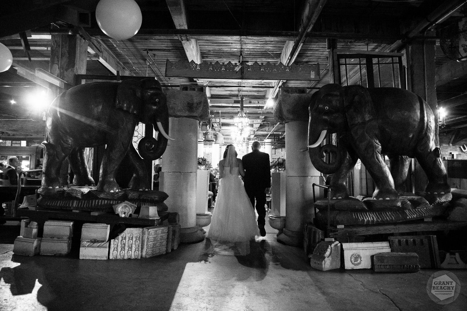 Chicago wedding photographer Grant Beachy-56.jpg
