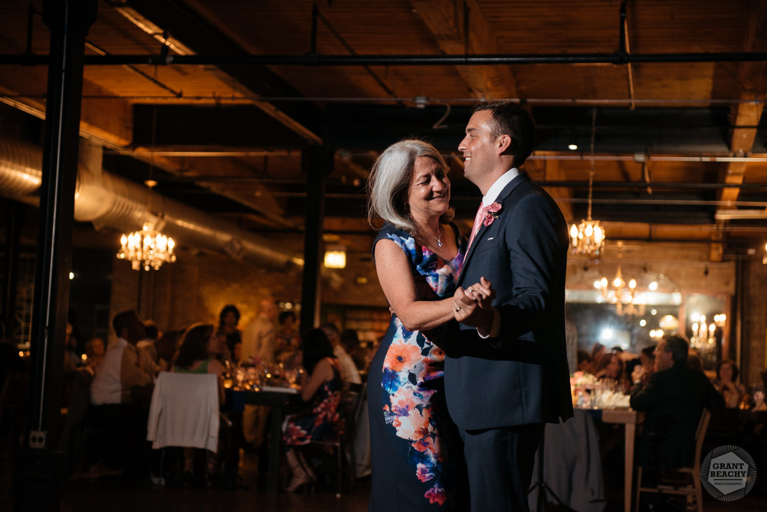 Chicago wedding photographer Grant Beachy-83.jpg