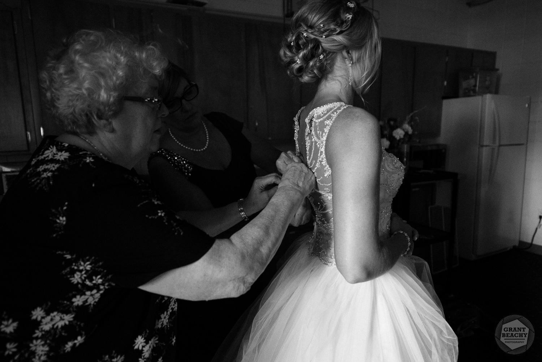 Kendalville wedding photographer Grant Beachy -11.jpg