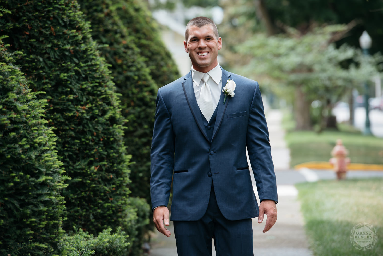 Kendalville wedding photographer Grant Beachy -18.jpg
