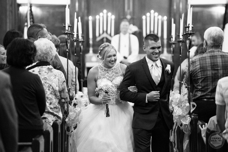 Kendalville wedding photographer Grant Beachy -26.jpg
