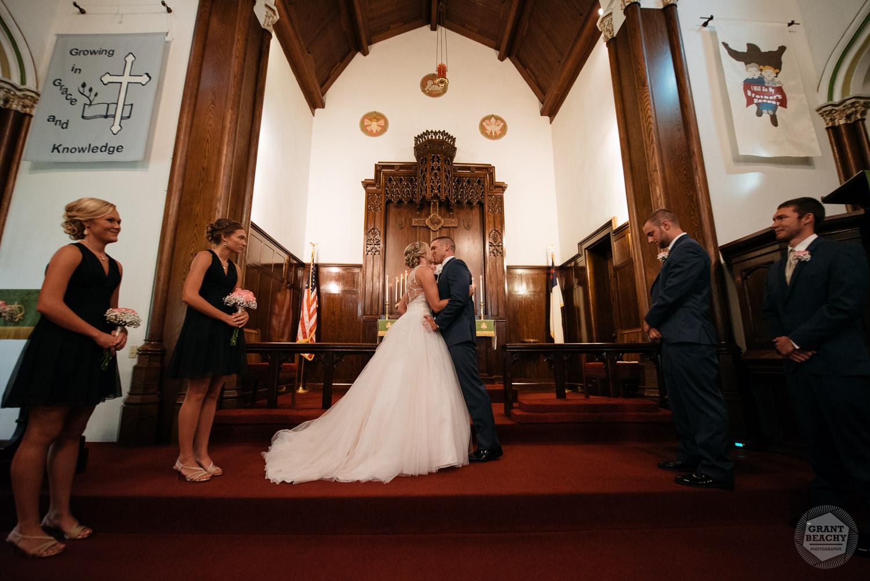 Kendalville wedding photographer Grant Beachy -25.jpg