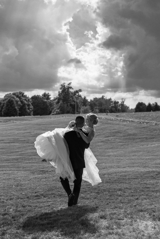 Kendalville wedding photographer Grant Beachy -32.jpg