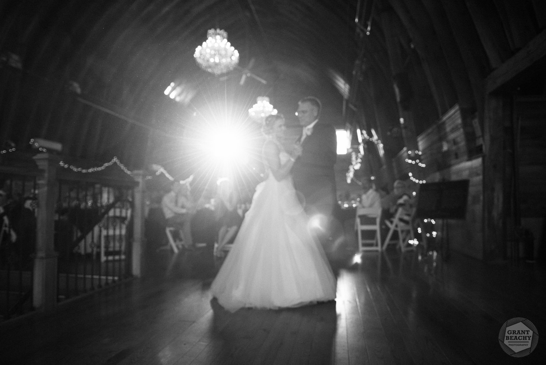 Kendalville wedding photographer Grant Beachy -42.jpg
